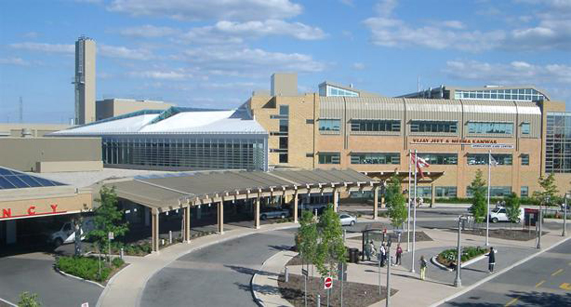 credit-valley-hospital_built_exterior_pcl-group