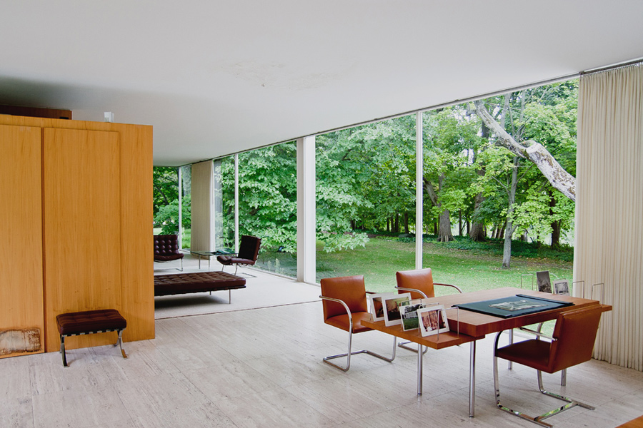 farnsworth-house_built_exterior_eduardo